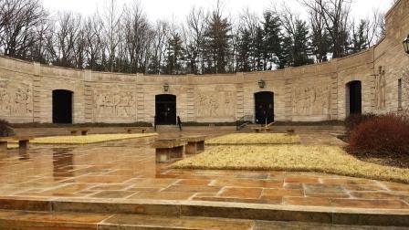 Lincoln Boyhood National Memorial exterior