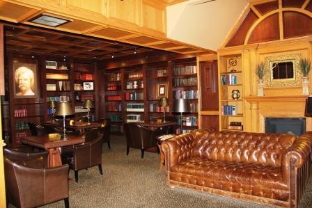 Lobby Library Les
