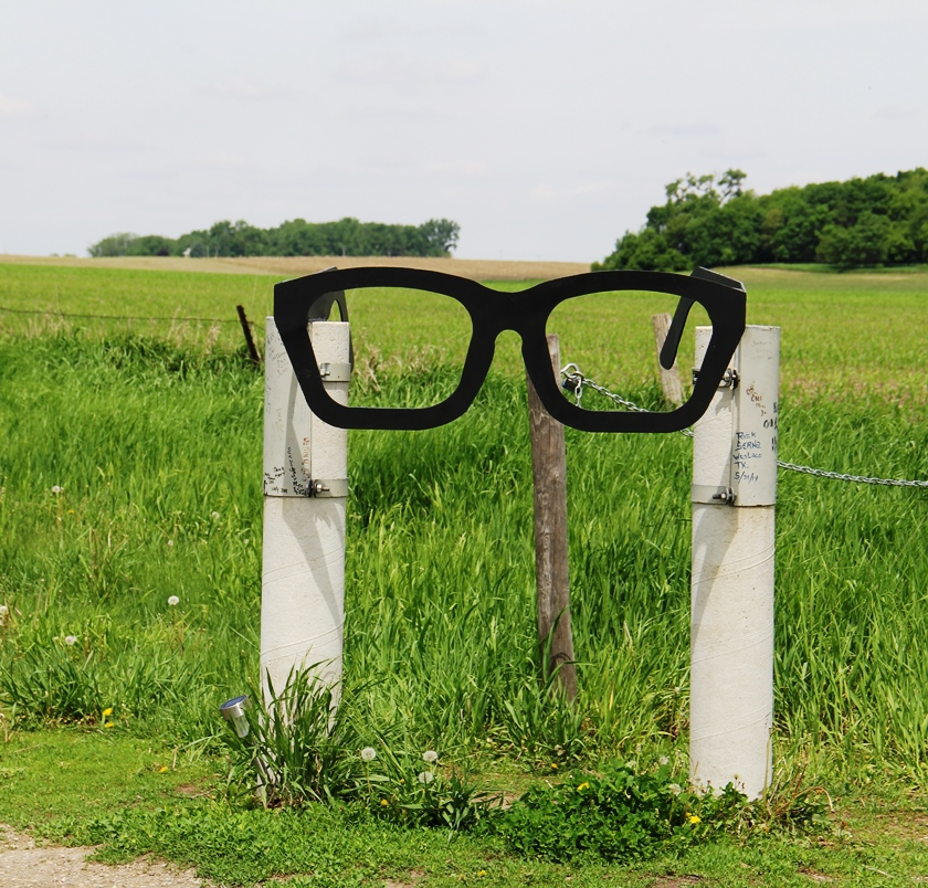 Crash site - Buddy Holly glasses