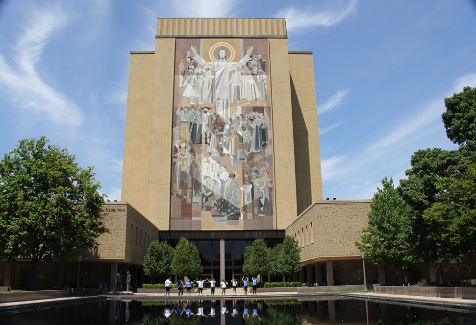 Touring The University Of Notre Dame Campus South Bend