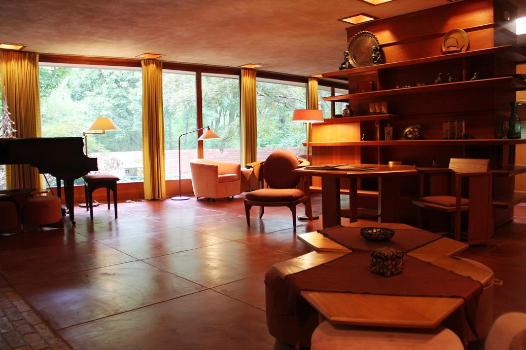 Laurent House, Frank Lloyd Wright's Little Gem: Rockford, Illinois