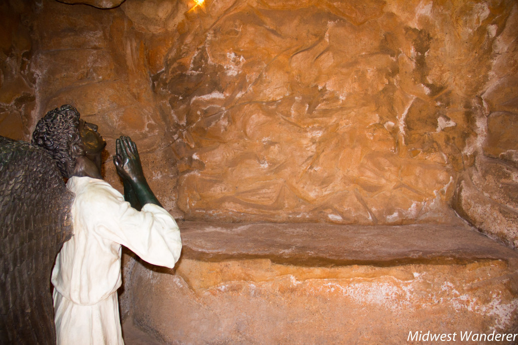 Inside the tomb at Cross of our Lord Jesus Christ, Groom Texas