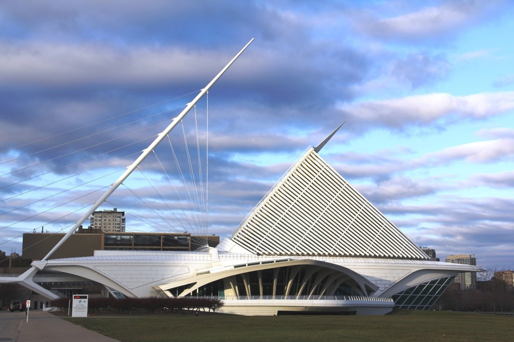 Milwaukee art museum a peek at its renovation midwest for Craft fairs milwaukee wi