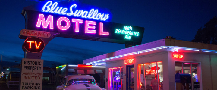 Blue Swallow Motel: Route 66 Classic