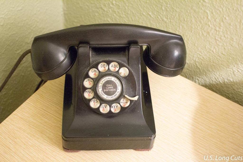 Blue Swallow Motel retro telephone