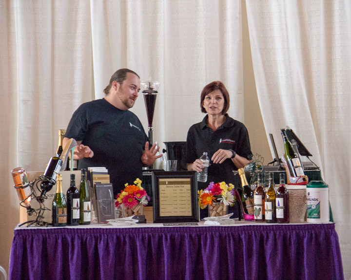 Illinois Wine Experience