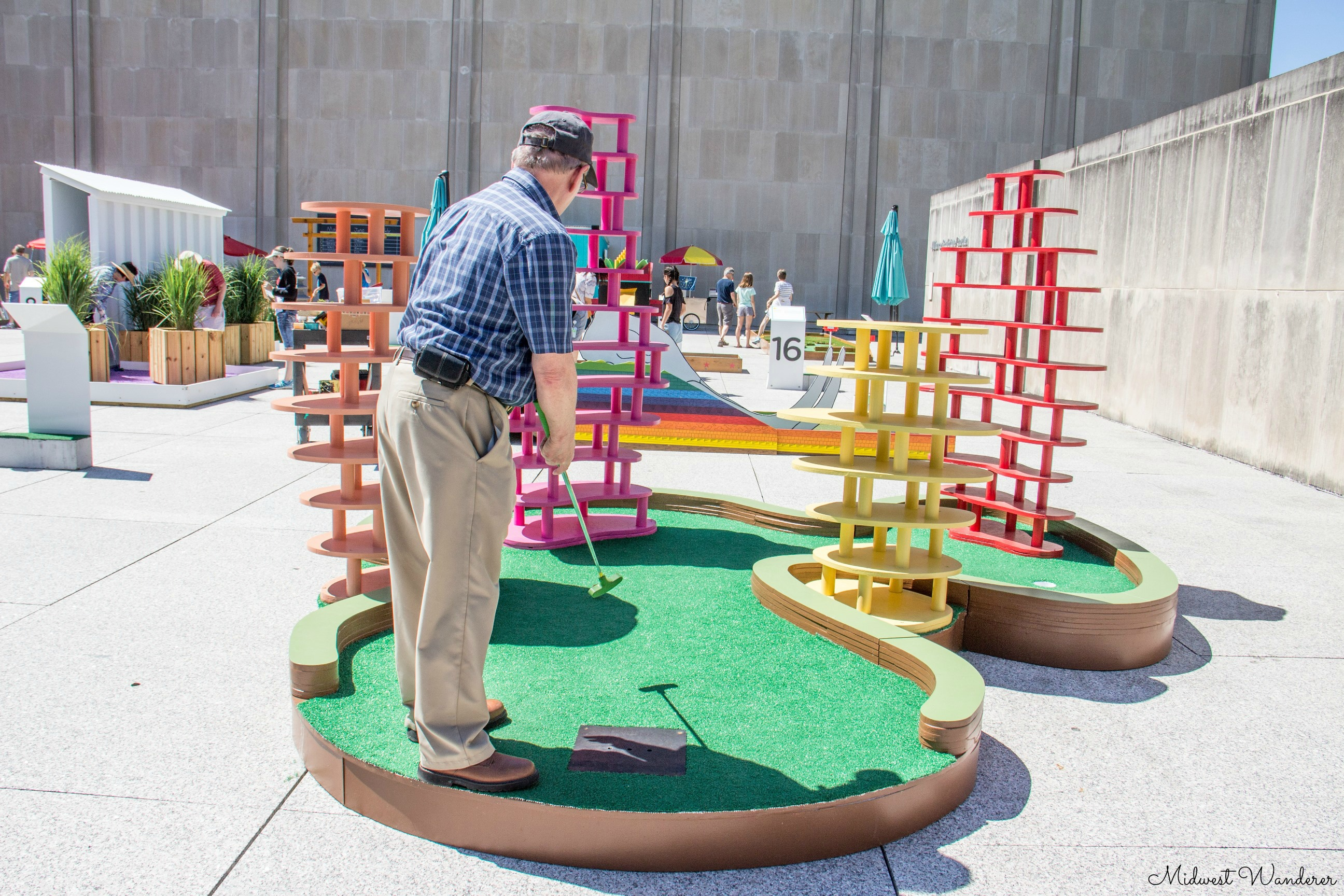 Mini Golf at the IMA - Poplar Mechanics