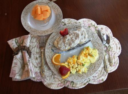 Breakfast at Summers Riverview Mansion bed and breakfast