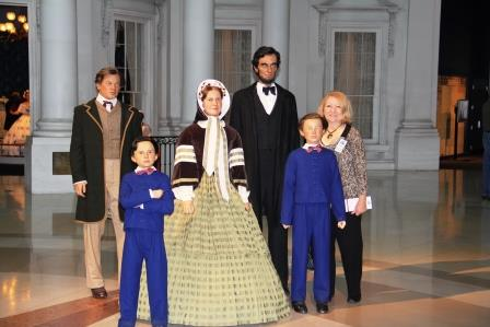 Meet the Lincolns at the Abraham Lincoln Presidential Museum