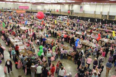 Vera Bradley Outlet Sale, Fort Wayne, IN: Savings, Reunions and Organized Chaos