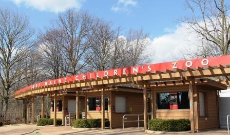 Fort Wayne Childrens Zoo entrance