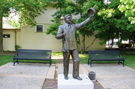 Music Man Square Statue