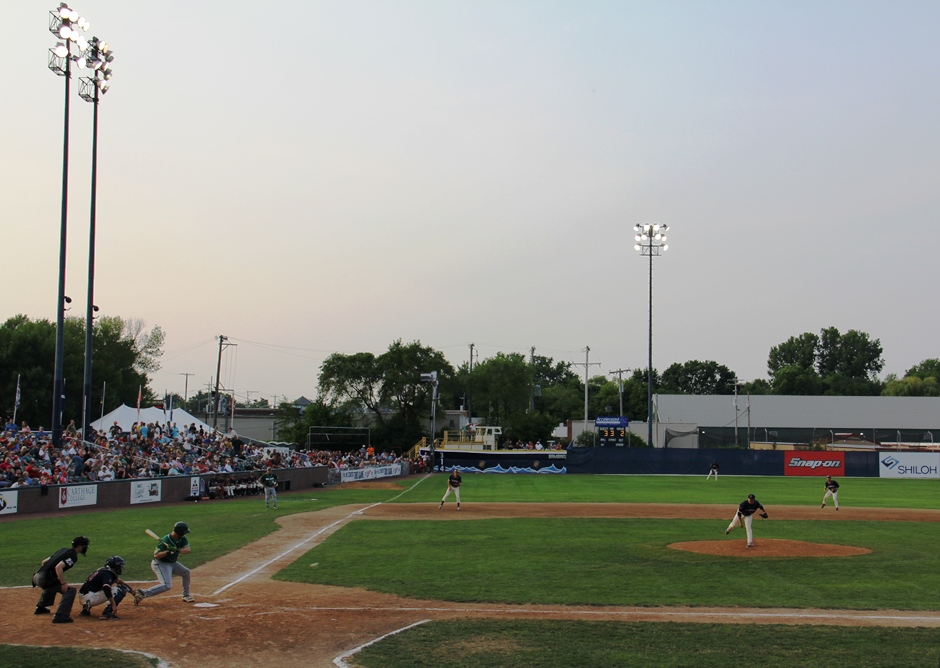 Kenosha Kingfish baseball at Simmons Field in Kenosha Wisconsin
