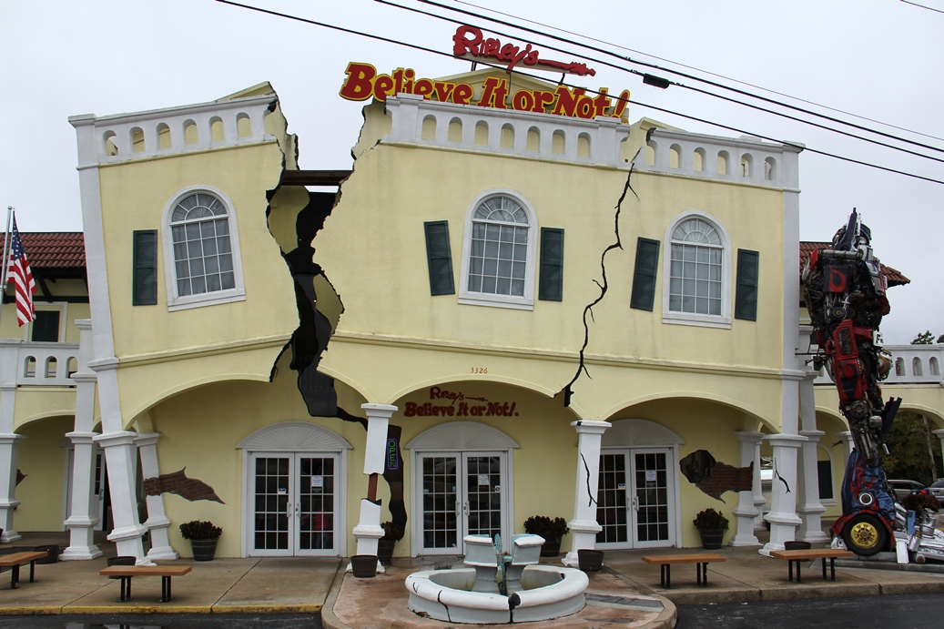 Ripley's Believe It or Not! Museum, Branson: Weird but Fascinating