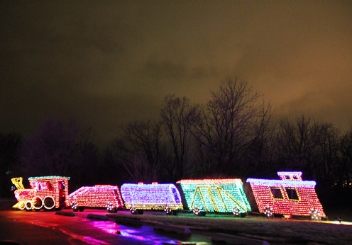 train holiday lights in Peoria