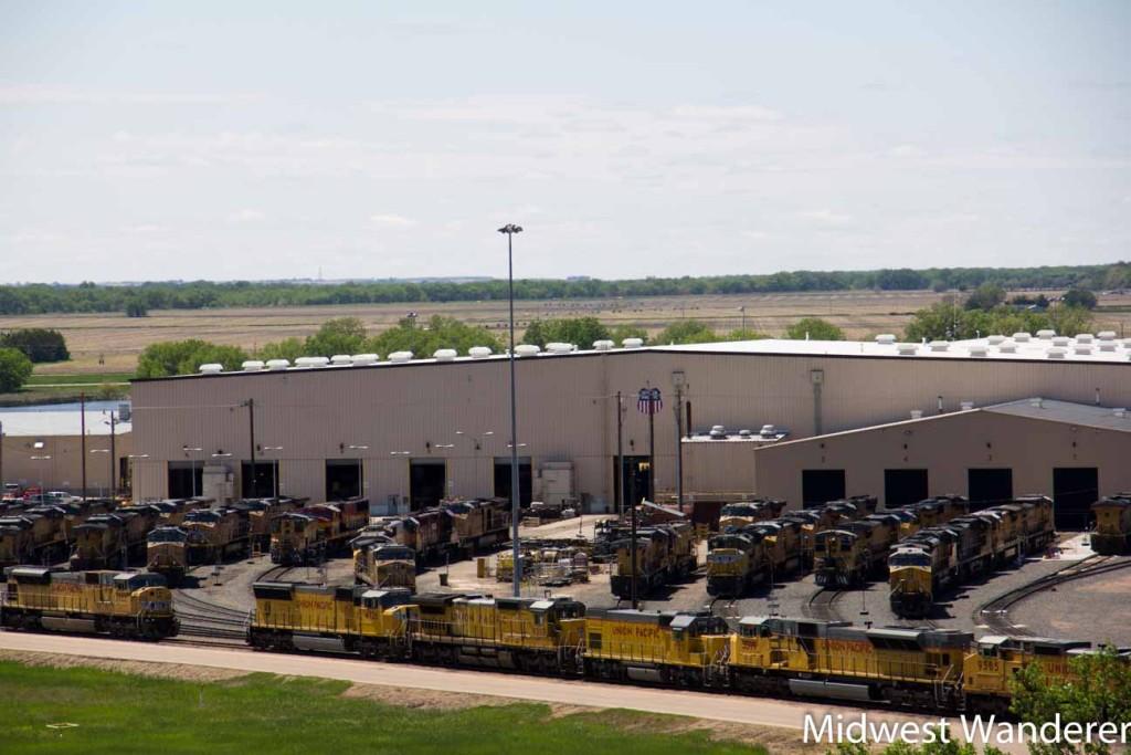 Locomotive service center