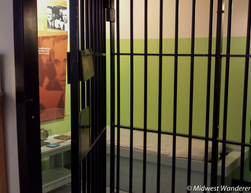 jail cell in the John Dillinger Museum