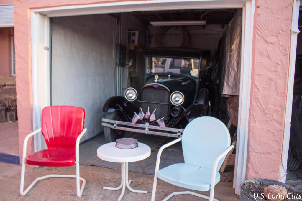 Blue Swallow Motel garage