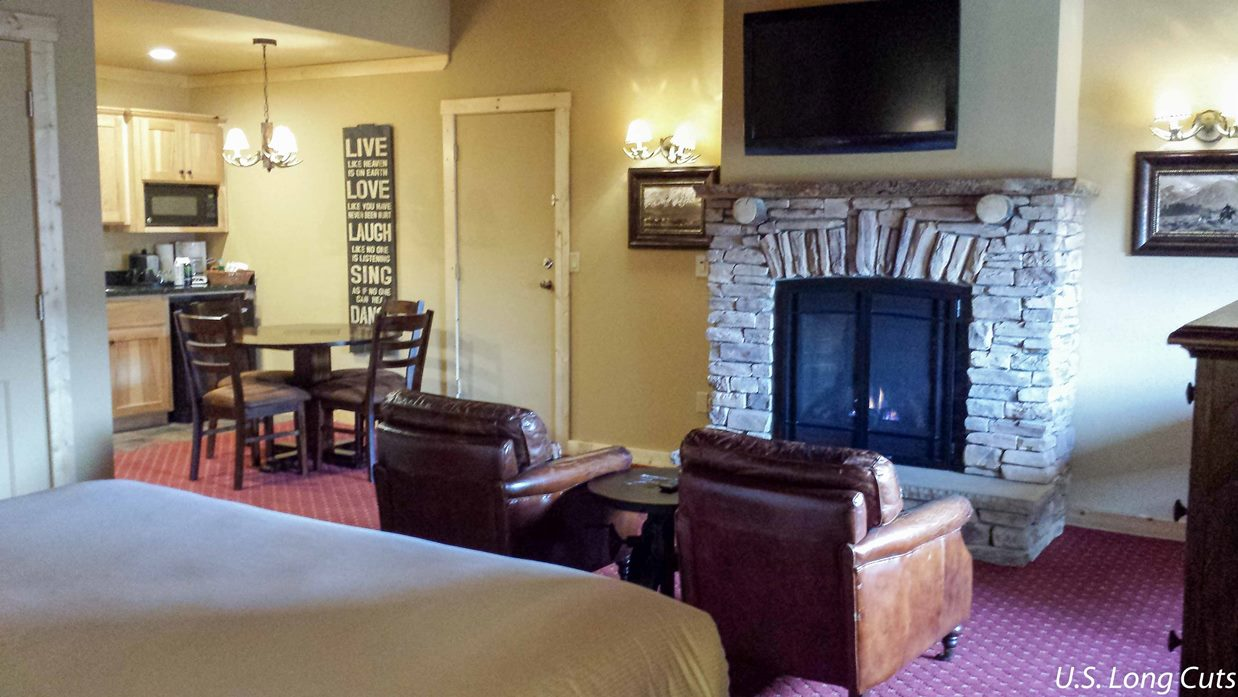 Sierra Nevada Resort and spa fireplace room