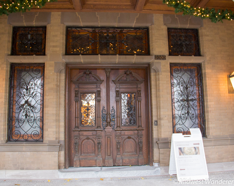 Pabst Mansion front entrance