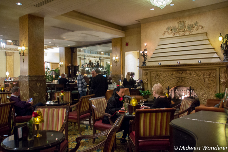 Pfister Hotel Lobby Lounge