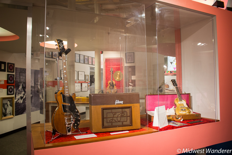 Les Paul Exhibit - 2