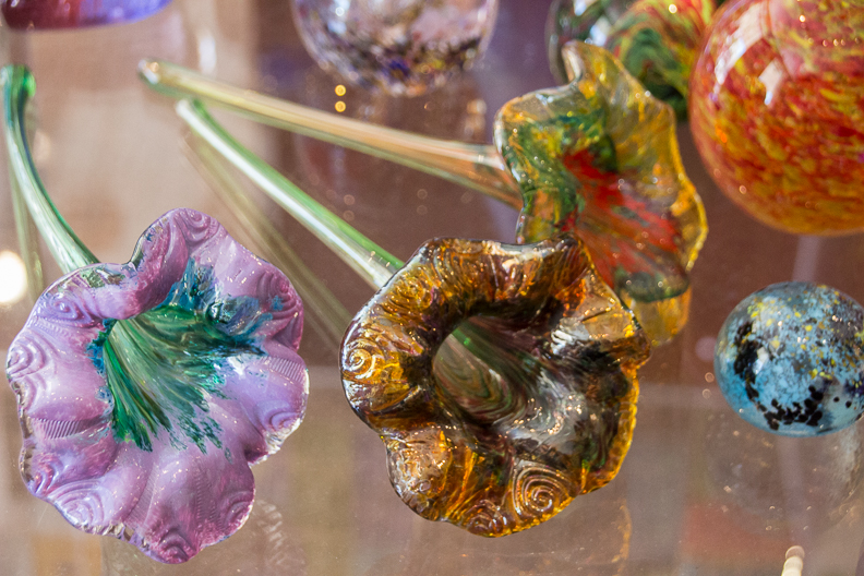 Chihuly-inspired art objects in museum store