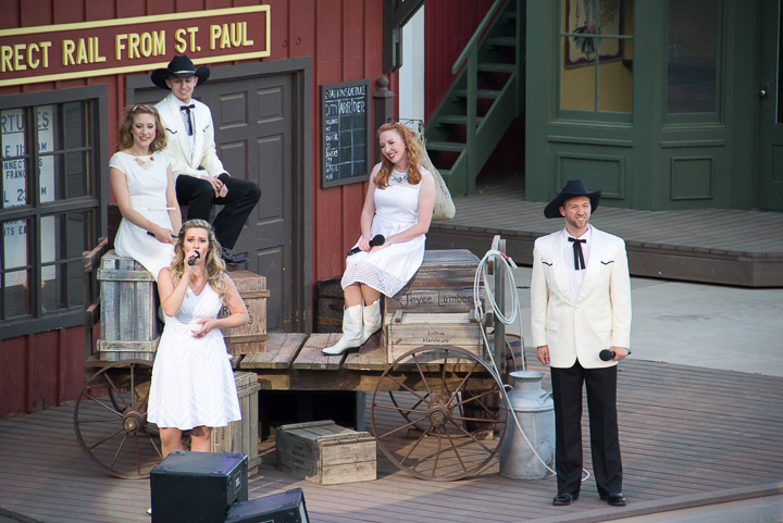 Song act at Medora Musical