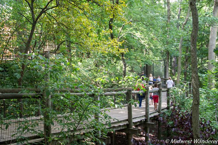 walkway at Fort Wayne Children's Zoo