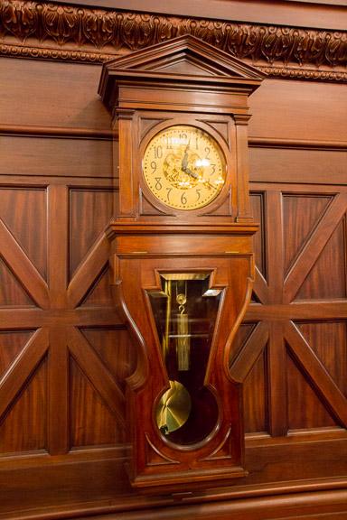 Keystone clock