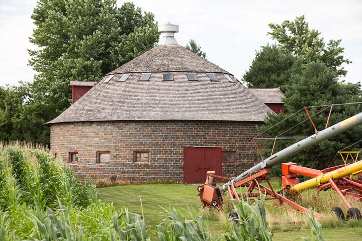 Round barn in Hamilton County Iowa