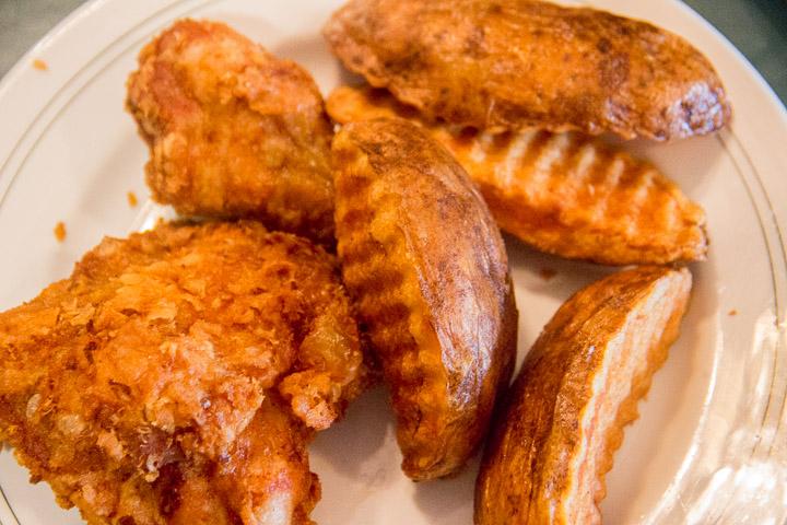 Leon's broasted chicken