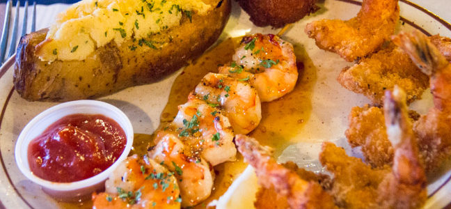 Dining at Key West Shrimp House: Iconic Restaurant on the Ohio River