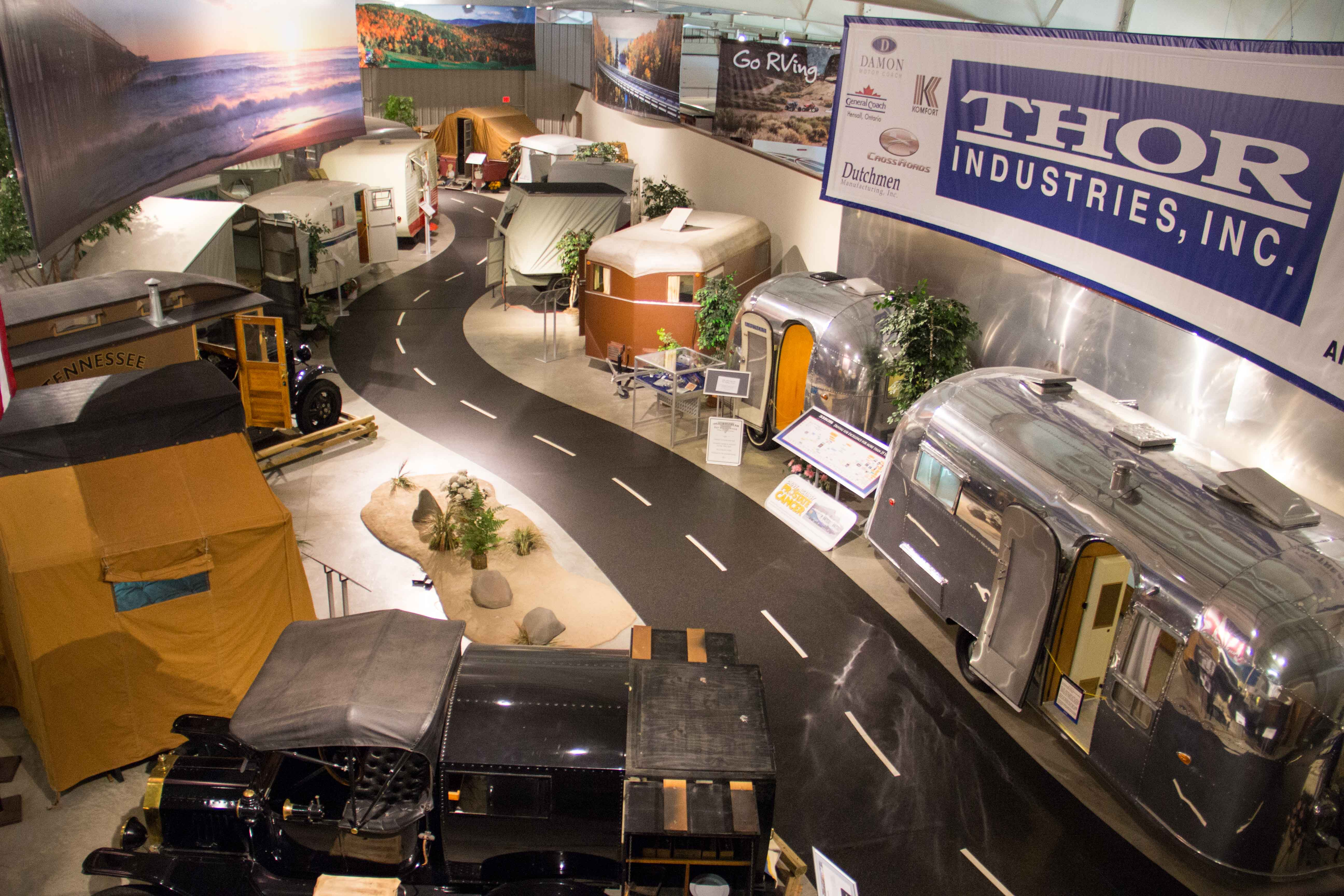 Rv Hall Of Fame >> Rv Mh Hall Of Fame Exhibits Campers Of Yesteryear Midwest Wanderer