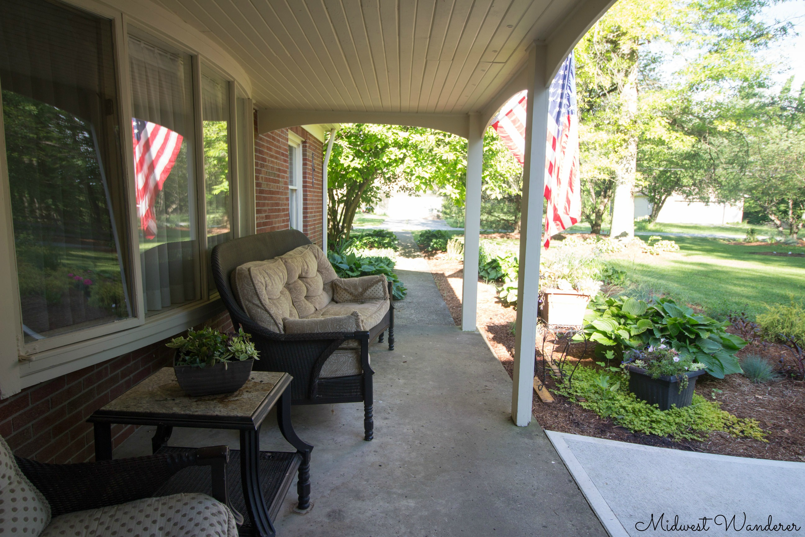 Seldom Scene B&B porch