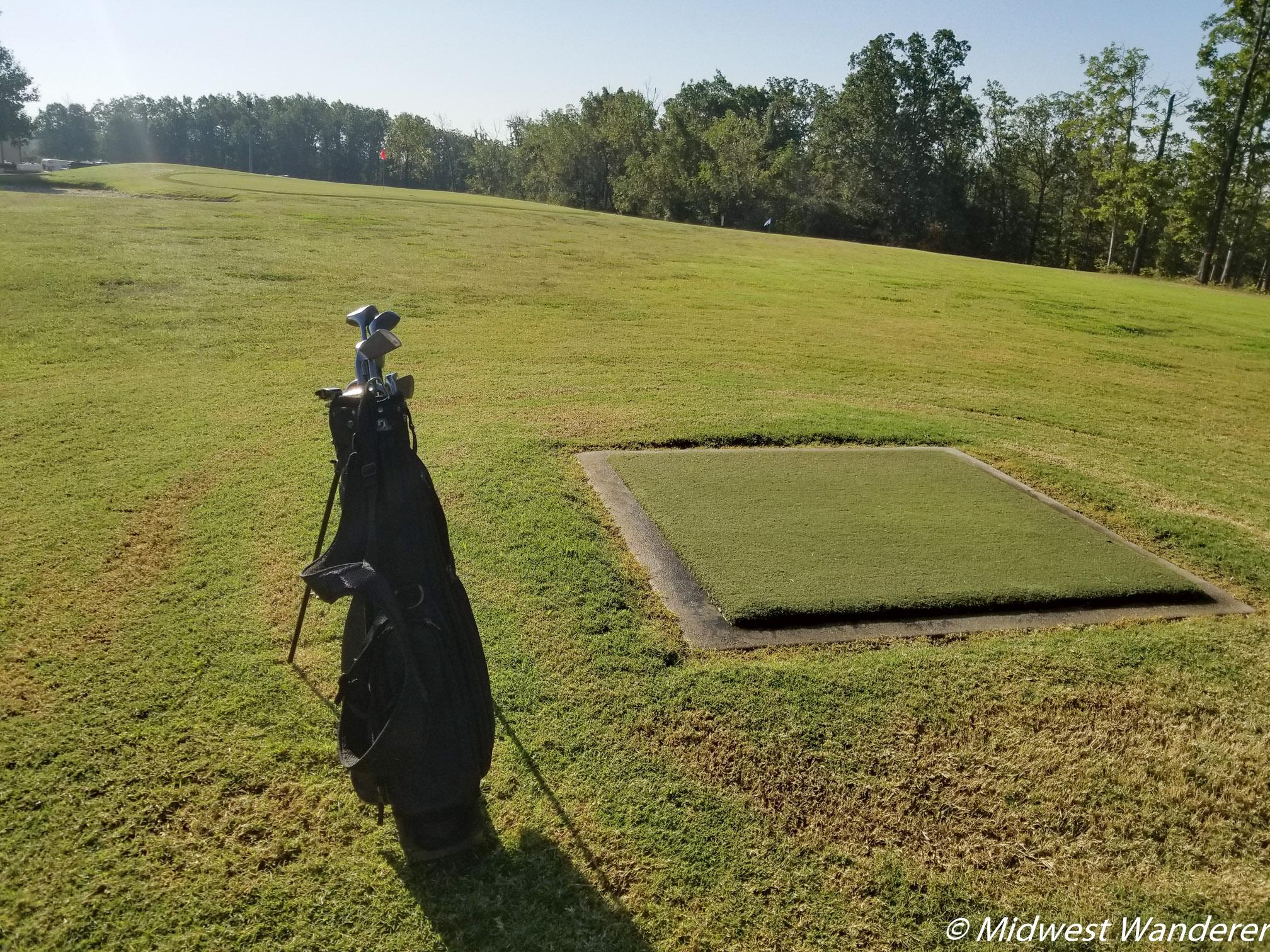 Saint Robert Pitch & Putt Golf - 1