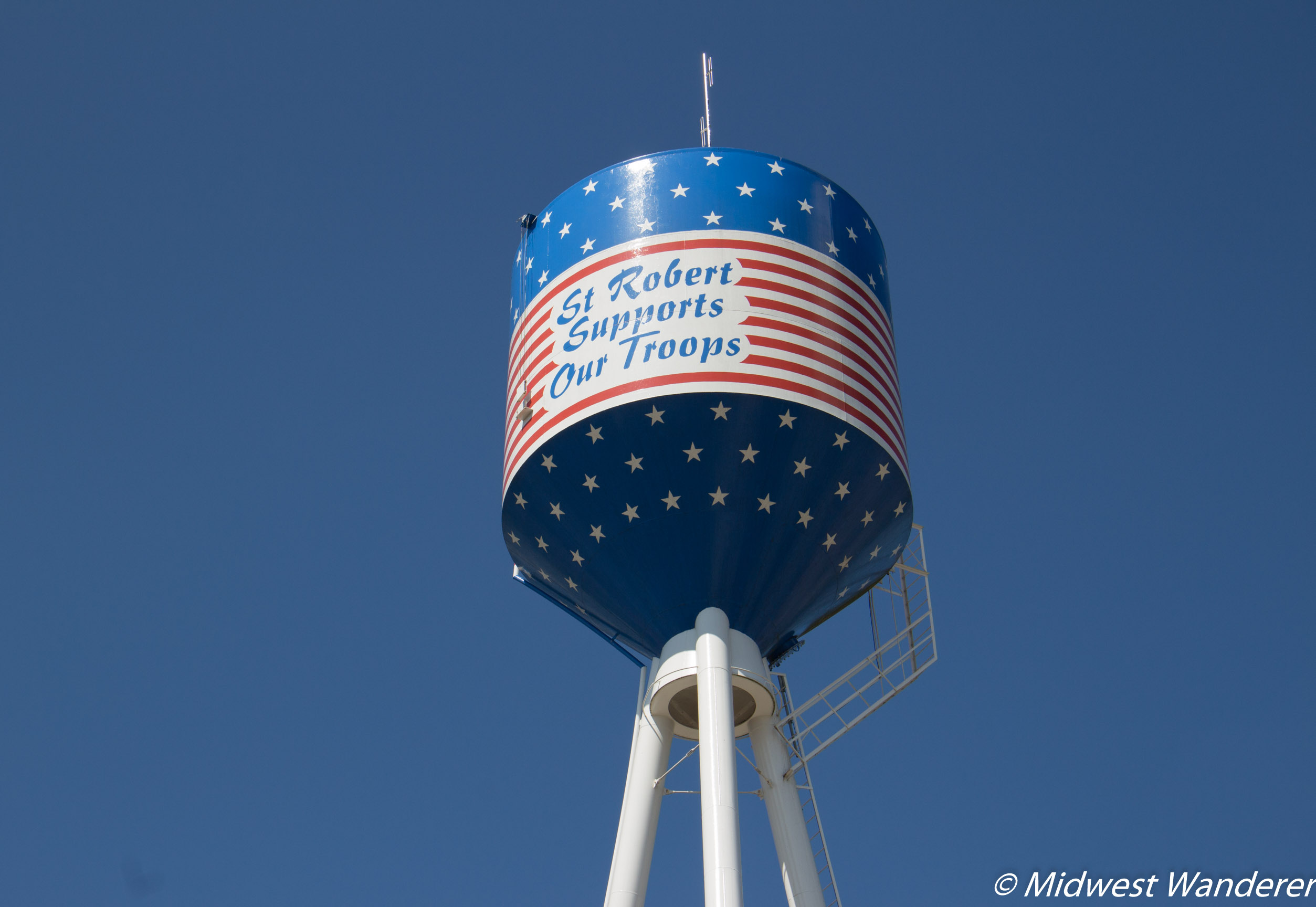 Route 66 through Pulaski County - water tower