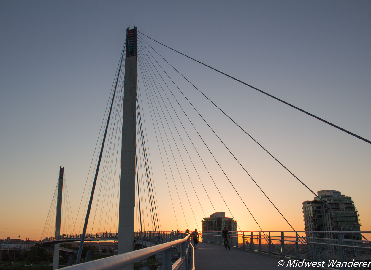 Bob Kerry Pedestrian Bridge - sunset