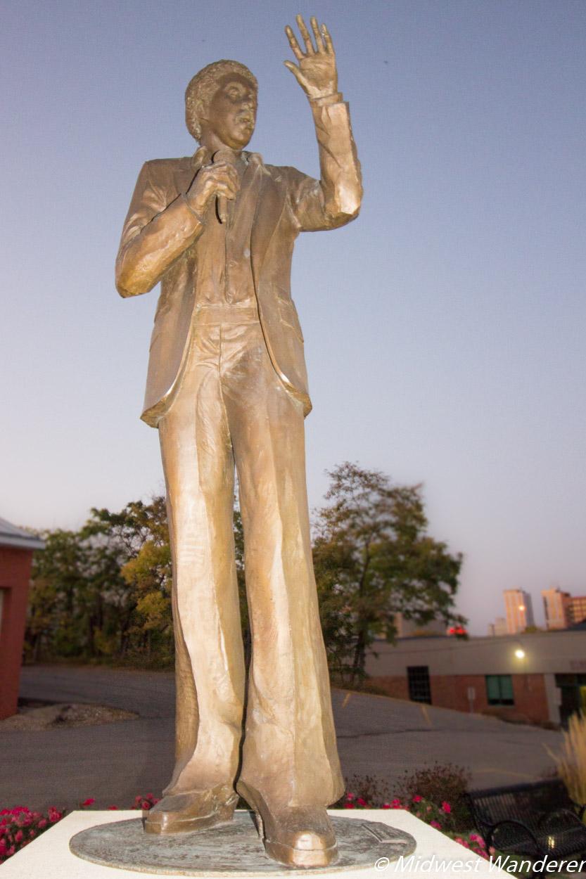 Richard Pryor sculpture Peoria