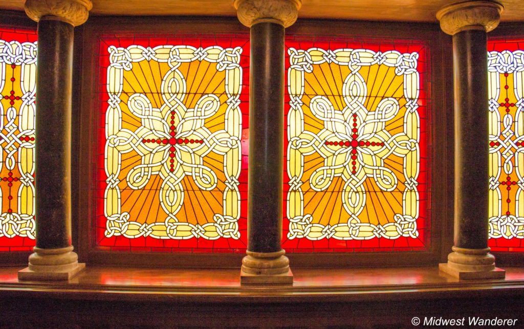 This image has an empty alt attribute; its file name is Howard-Steamboat-Museum-stained-glass-1024x643.jpg