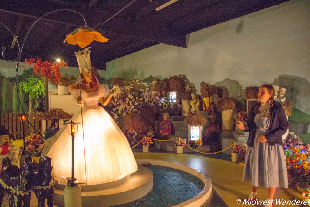 Dorothy with Glenda in the Land of Oz